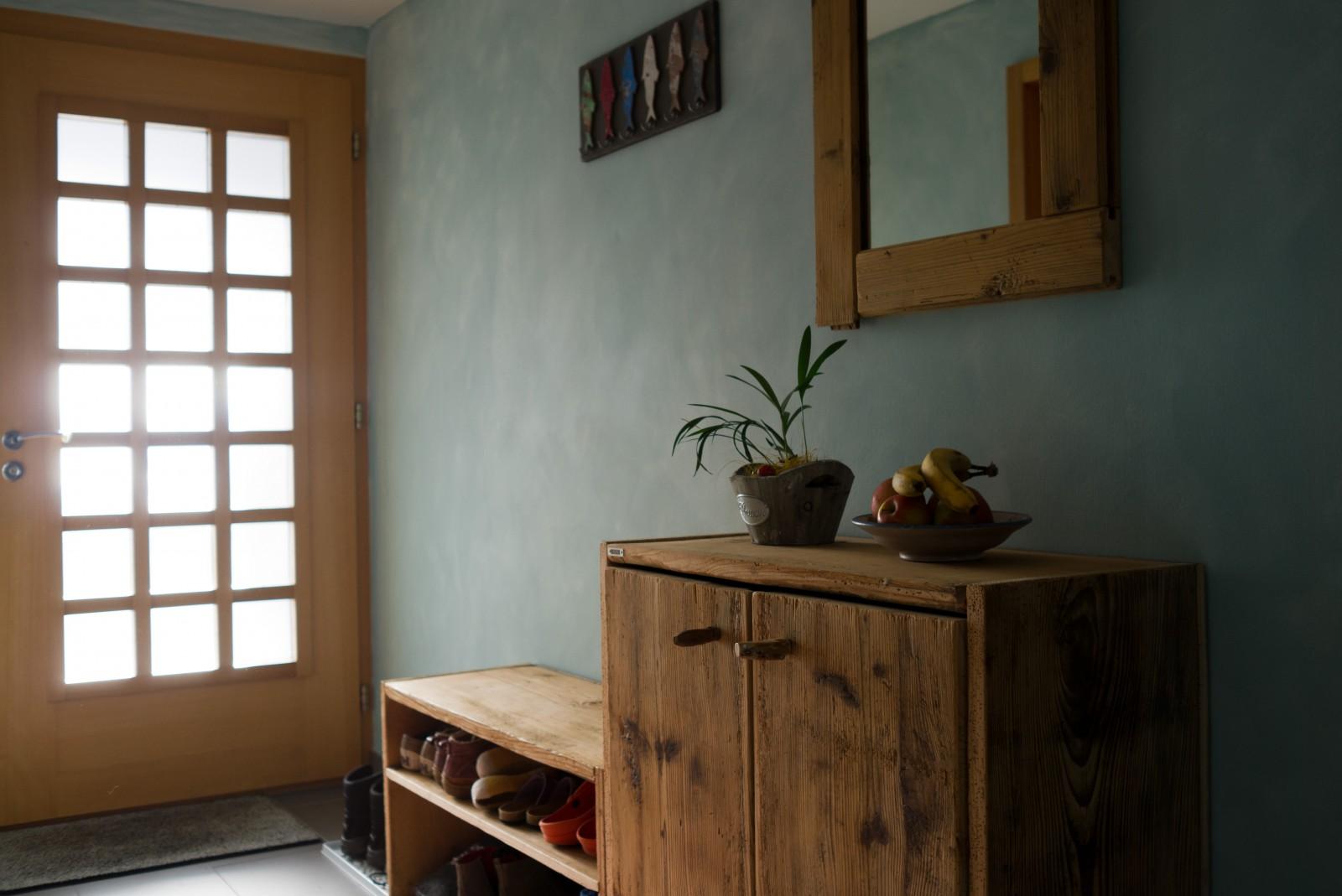 Garderobe aus Altholz
