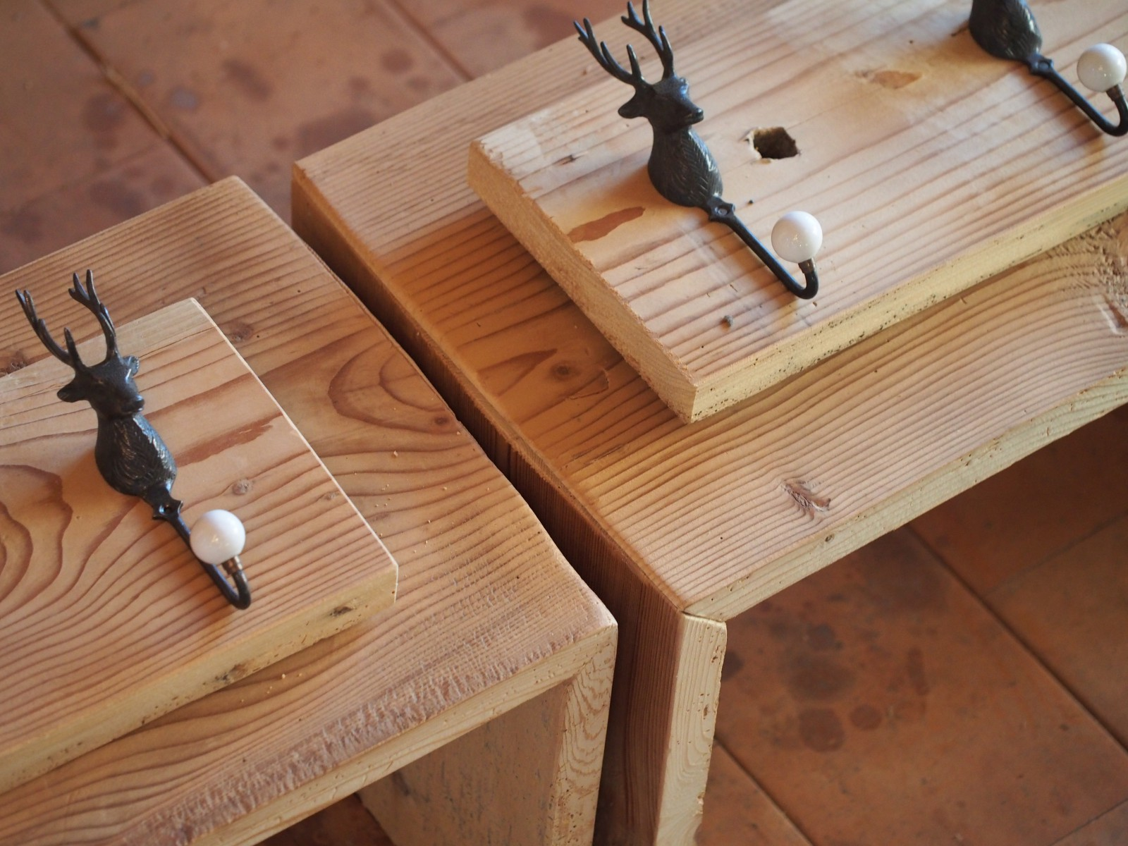 Manum – Möbel aus Altholz – Garderobe aus Altholz / Flur (Teil II ...