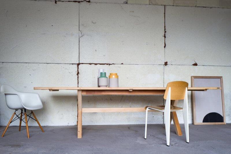 Tisch «Model X» aus Altholz